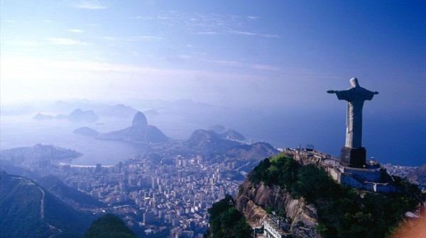 The tenth edition of the largest videogame tournament in the world promises an unforgettable tournament with the announcement that 2014 FIFA World Cup™ hosts Brazil will also host the FIWC 2014 Grand Final. That's right, the FIFA Interactive World Cup 2014 will be held in Rio de Janeiro during the 2014 FIFA World Cup™!